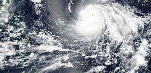 Após matar 64 nas Filipinas, tufão chega a Hong Kong, Macau e sul da China