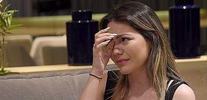 Sarah Poncio chora e diz perdoar traição
