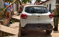 Carro usado por grupo alagoano ficou com marca de tiros