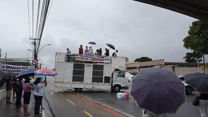 Ato foi organizado pelo Movimento Unificado das Vítimas da Braskem (MUVB)