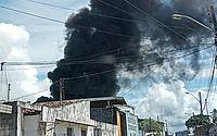 Incêndio atinge estabelecimento no Tabuleiro do Martins; bombeiros são acionados