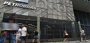 Pré-sal: Petrobras firma contrato para construção de sétima plataforma