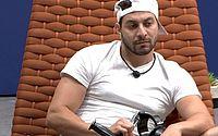 Após participantes relatarem perda de paladar, Globo faz teste para Covid-19 no BBB