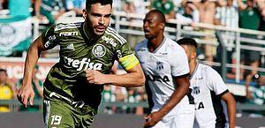 Palmeiras bate Ceará com 2 de Bruno Henrique, vence a 5ª seguida e embala