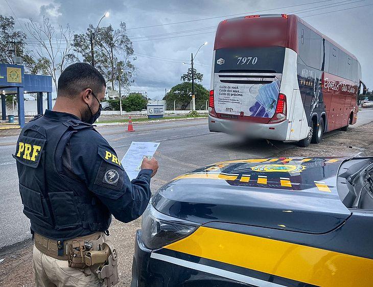 PRF em Alagoas prende foragido da justiça