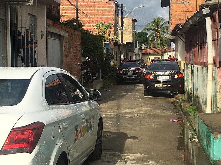 Mandados também foram cumpridos nos bairros de Bebedouro e Bom Parto