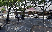 Casal conserta rede de esgoto e trecho da Amélia Rosa fica interditado
