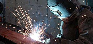 Indústria da construção mostra sinais de recuperação, diz CNI