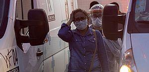 Anitta, Iza e outros famosos protestam contra falta de oxigênio em Manaus
