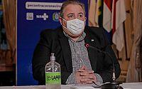 O secretário de Saúde, André Longo, pede compromisso da população