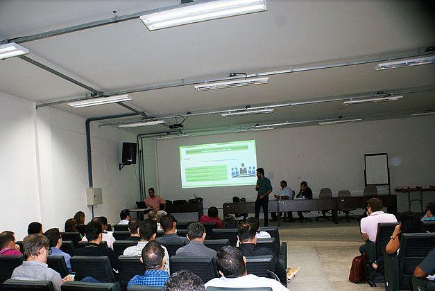reunião ocorreu no auditório do curso de Mecânica do Campus Maceió