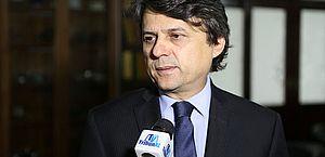 Juiz Alberto Jorge Correia de Barros Lima