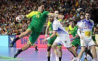 Brasil perde para Espanha e não tem mais chances de semi do Mundial de handebol