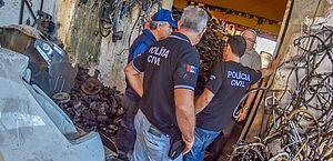 Combate a roubos e desmanches: polícia apreende moto e peças de veículos em Maceió