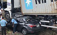 Grave acidente entre carreta e um Corolla em Marechal