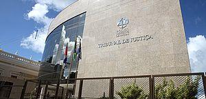 Judiciário prorroga suspensão de atividades presenciais até 31 de maio