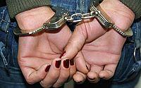 Polícia prende suspeita de envolvimento em morte de mulher