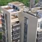 Moradores temem comprometimentode prédio após sucateamento da cobertura; veja vídeo
