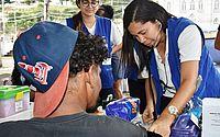 Pessoas em situação de rua recebem serviços de saúde em Maceió