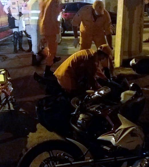 Motociclista foi socorrido ao HGE