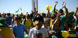Em Brasília, ataques ao STF e ao centrão marcam atos pró-Bolsonaro