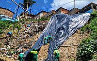 Defesa Civil inicia colocação de lonas em áreas de risco