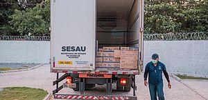 Com 12 mil doses, Maceió inicia vacinação de profissionais de saúde no PAM Salgadinho