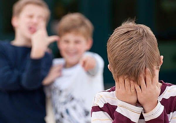 Pesquisa do IBGE diz que estudantes alagoanos são os que mais relatam humilhações por conta da aparência do rosto nas escolas