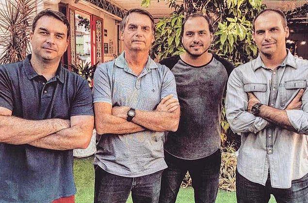 Flavio, Carlos, Eduardo: quais funções exercem os 3 filhos de Bolsonaro