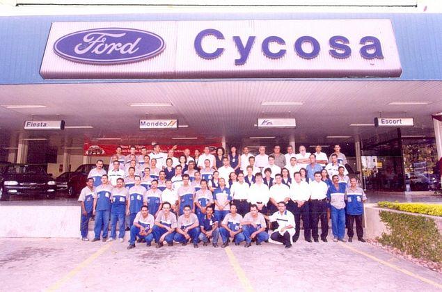 Com fechamento de fábricas da Ford no Brasil, concessionária encerra atividades em AL após 71 anos