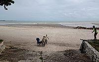 Após fortes chuvas, corpo é encontrado na foz do Riacho Salgadinho, na Praia da Avenida