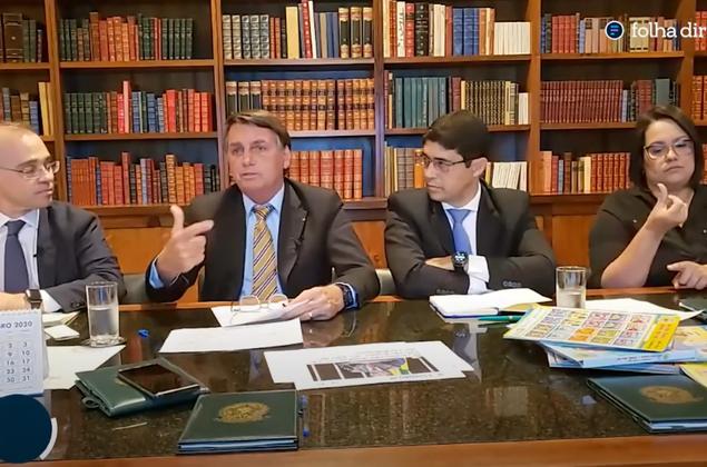 Concursos PF e PRF: Bolsonaro confirma vagas e prevê editais em 2021
