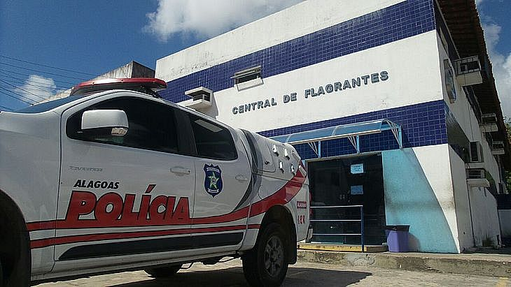 O caso foi registrado na Central de Flagrantes de Maceió