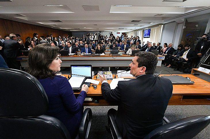 O ministro da Justiça, Sergio Moro, veio à CCJ prestar esclarecimentos aos senadores sobre os vazamentos de mensagens do site The Intercept Brasil