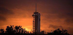 SpaceX lançará primeira missão espacial tripulada nesta quarta-feira