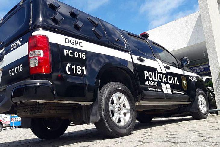 Equipe da Polícia Civil prendeu suspeitos durante perseguição em Maceió
