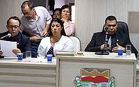 Esposa de prefeito cassado, Cristina Gonçalves toma posse em Rio Largo
