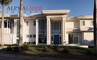 Mansão de Luan Santana em Alphaville é avaliada em R$ 18 milhões