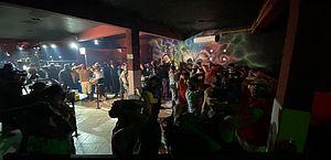 Polícia e Procon fecham festa e bingo clandestinos em SP