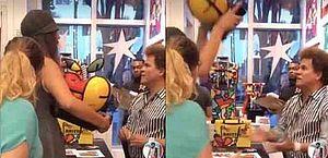 Mulher quebra obra de Romero Britto na frente do artista após acusá-lo de destratar funcionários