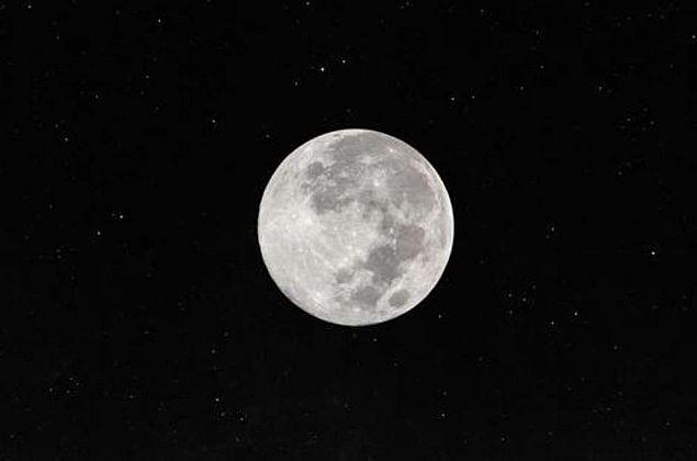 Horóscopo: confira como a chegada da Lua Cheia influenciará seu signo