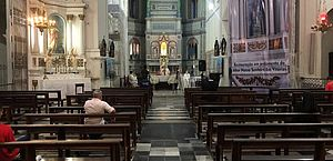 Arquidiocese inicia construção de protocolo para reabertura das igrejas