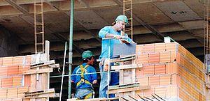 Pressão de setor da construção leva governo a adiar medidas sobre FGTS