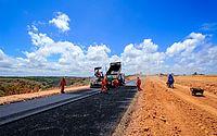 Obras de pavimentação avançam na Ecovia Norte