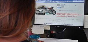 IPVA: primeira parcela para veículos com finais de placas 1 e 2 deve ser paga até sexta