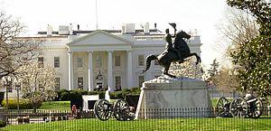 Esplanada é coberta com 200 mil bandeiras americanas em Washington DC para a posse de Biden