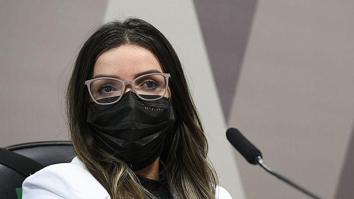 Emanuela Medrades é tratada como investigada pela comissão, e ainda pelo Ministério Público Federal e pela Polícia Federal