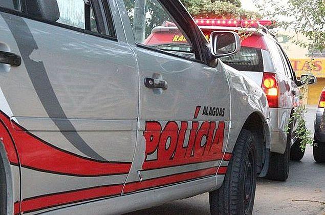Dupla suspeita de arrastão em ônibus é presa após perseguição em Maceió