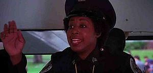 Morre Marion Ramsey, atriz de 'Loucademia de Polícia', aos 73 anos