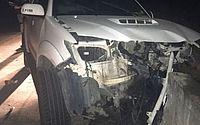 Frente do carro do candidato ficou destruída após acidente